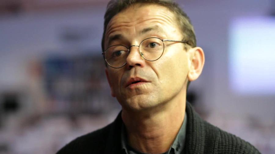 Víctor Sampedro